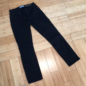 7 for all mankind black crop jeans